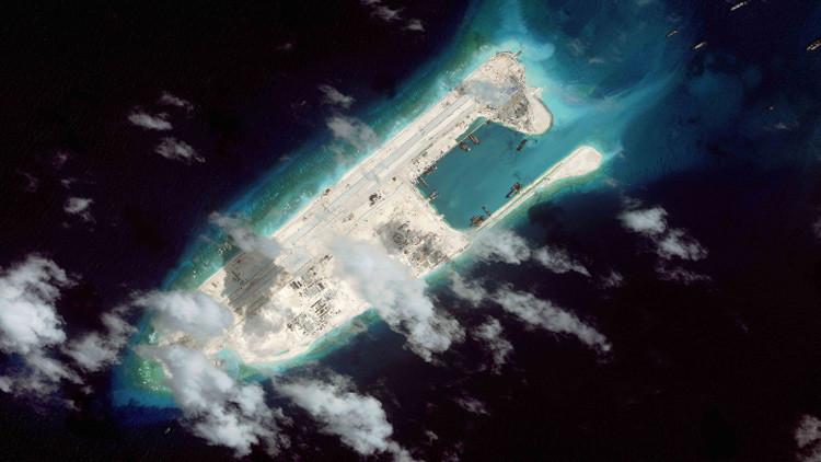 China podría estar preparando la segunda pista de aterrizaje en las islas Spratly