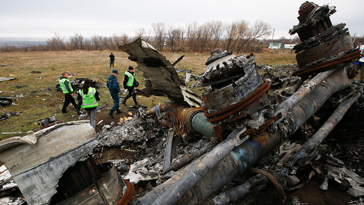 RT entrega a Países Bajos su información de restos del Boeing estrellado en Ucrania