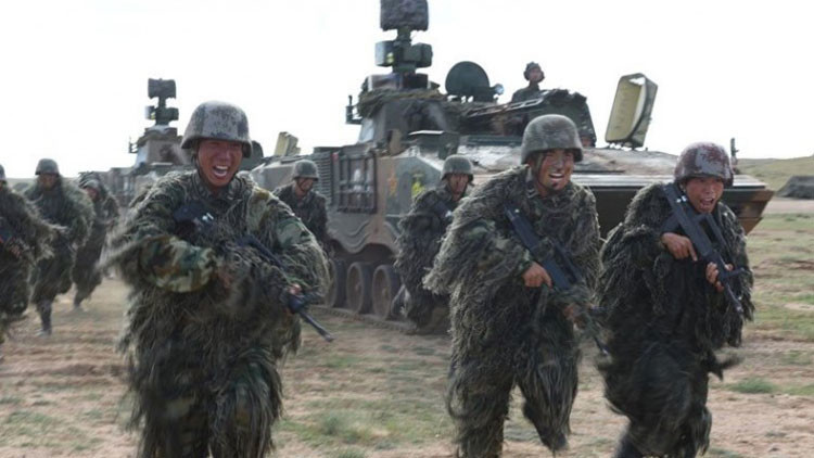 China desvela su vehículo blindado secreto de reconocimiento de nueva generación