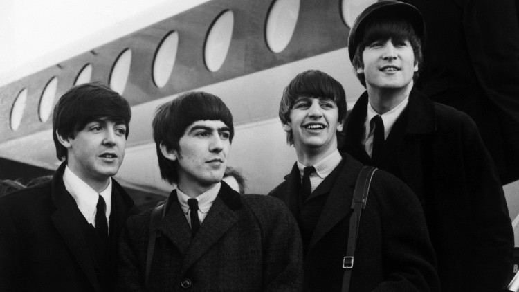 Fotos inéditas: Los Beatles antes de su legendario concierto en Hollywood