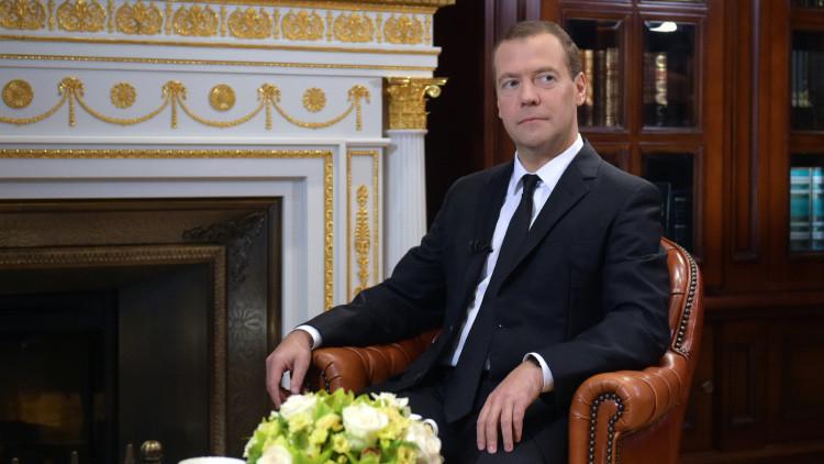 Dmitri Medvédev revela la única manera de salvar las naciones