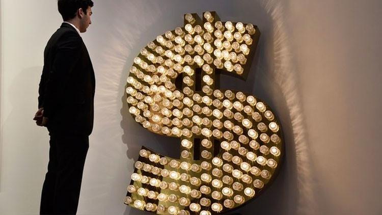 """Prensa alemana: """"EE.UU. libra la guerra contra Rusia y la UE con la ayuda del dólar"""""""