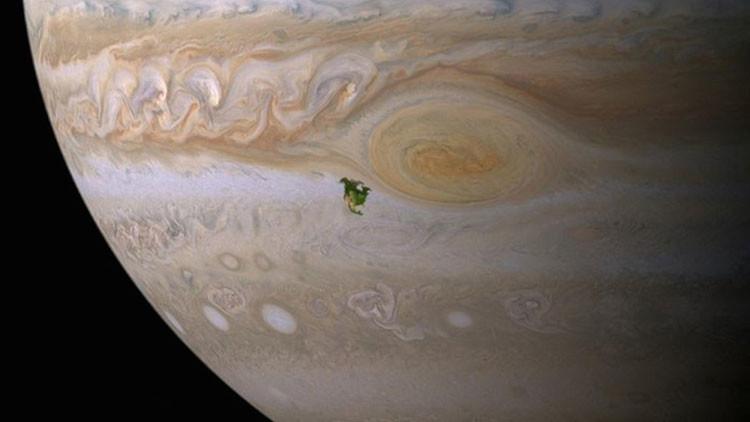 """""""Colonizar Júpiter podría ser más fácil que Marte"""""""