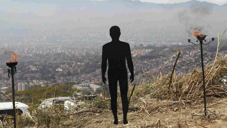 Mayor exhumación de Colombia revelaría la verdad sobre Álvaro Uribe