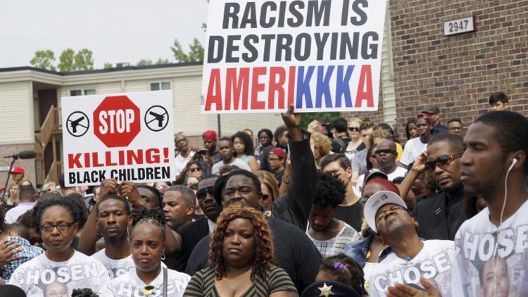 Marcha de protesta en Nueva York a un año de la muerte de Michael Brown