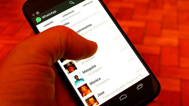 WhatsApp para iPhone presenta un fallo que permite robar conversaciones y contactos