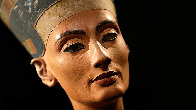 A las puertas de la momia más buscada: ¿Está Nefertiti en la tumba de Tutankamón?
