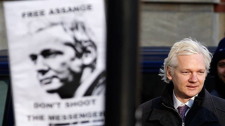 Doble rasero: interrogan a 44 personas en Londres, pero rechazan a Julian Assange