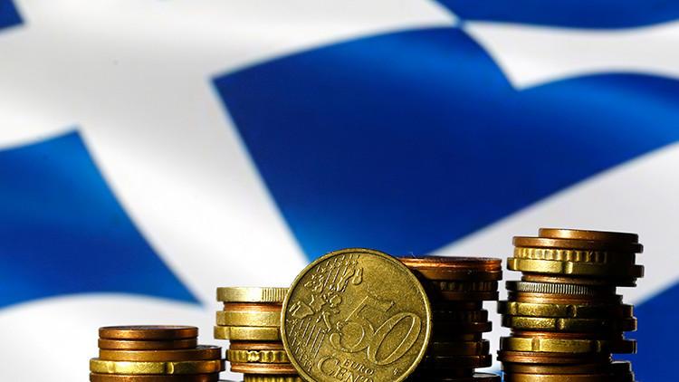 Cuando reina la crisis: ¿Cuántos euros guardan los griegos debajo del colchón?