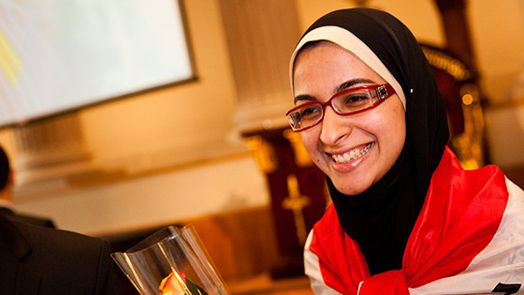 Esa joven egipcia encuentra la manera barata de convertir los residuos en biocombustibles