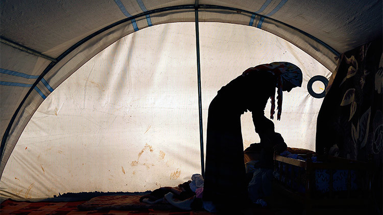 El Estado Islámico se inventa una 'teología' para alentar la violación de mujeres yazidíes