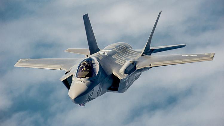 """""""Un caza ruso Su-27 puede destruir 3 cazas estadounidenses F-35"""""""
