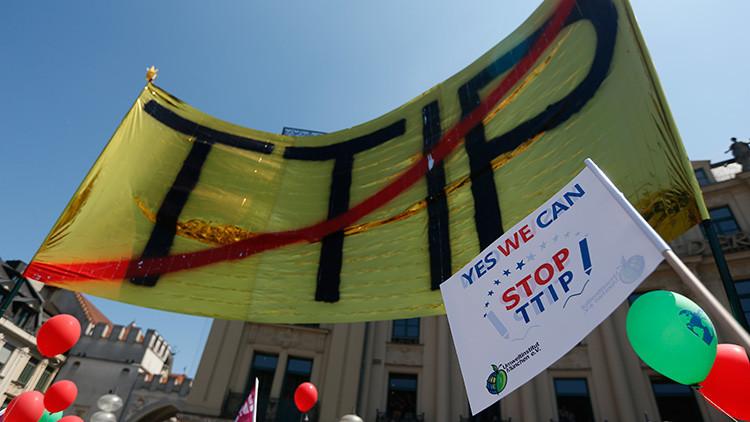 """""""Estados Unidos se 'tragaría' a Europa con el tratado de libre comercio TTIP"""""""
