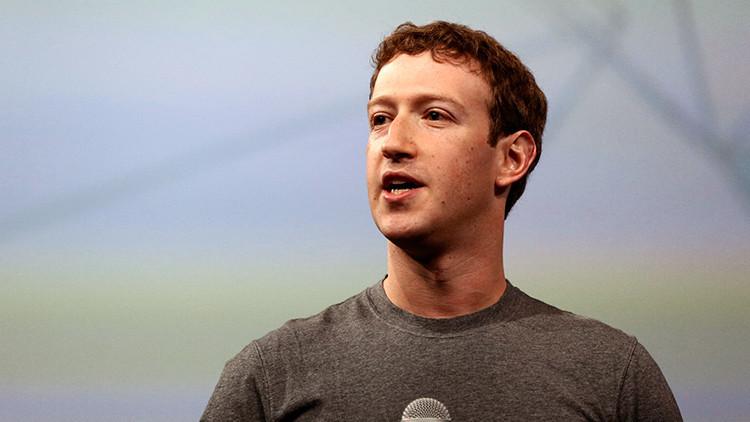 """""""¿Vas a dimitir?"""": Alto cargo de Facebook revela cómo lucha Zuckerberg contra las filtraciones"""