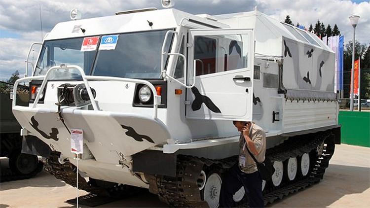Fotos, video: La brigada ártica rusa se arma con nuevos poderosos vehículos militares