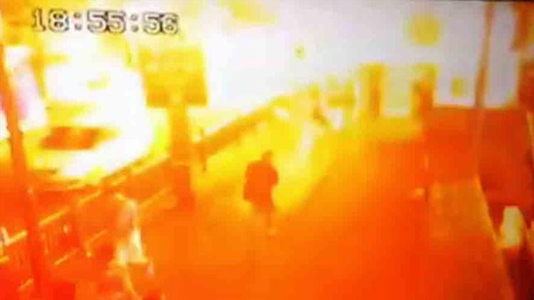 Publican el momento exacto de la explosión en Tailandia que dejó 22 muertos (VIDEO)
