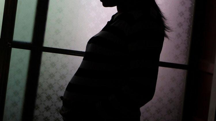 China: Una mujer se queda embarazada 13 veces para evitar cumplir una pena de prisión