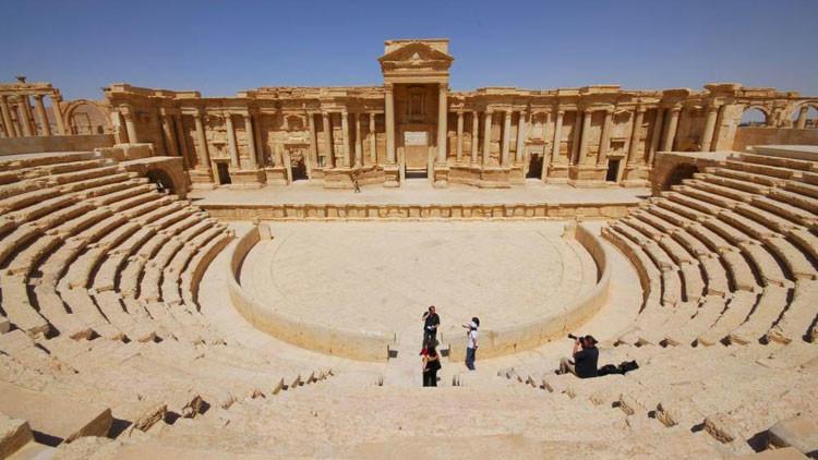 El Estado Islámico decapita a importante arqueólogo sirio y exhibe su cuerpo en la antigua Palmira