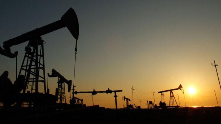 El Banco Central ruso explica por qué caen los precios del petróleo