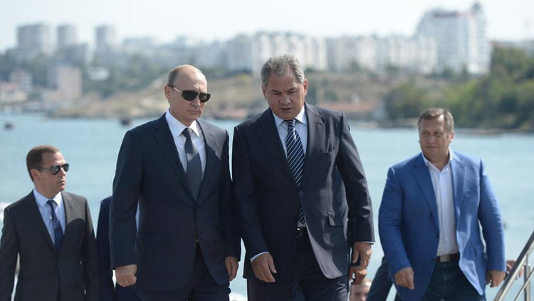 """Putin: """"Fuerzas externas están preparando a saboteadores para actividades subversivas en Crimea"""""""