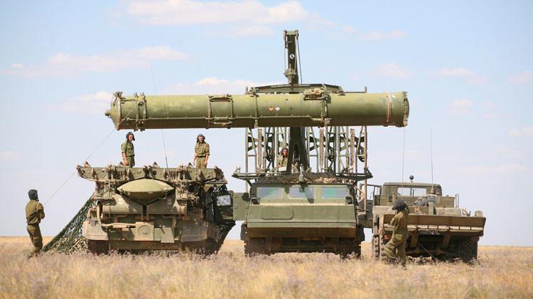 """Cancillería rusa: """"Suministro de los S-300 a Irán protegerá sus instalaciones nucleares"""""""