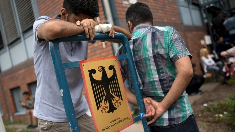 "'The Telegraph': ""Alemania considera la posibilidad de abandonar la zona Schengen"""