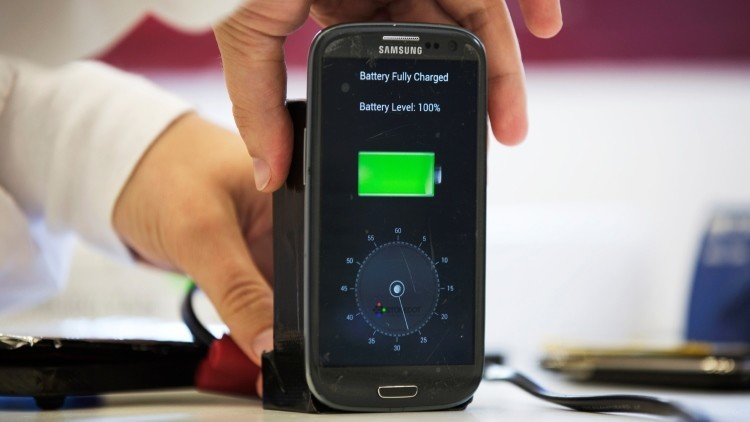 Cargar el teléfono móvil en 30 segundos será real en 2016