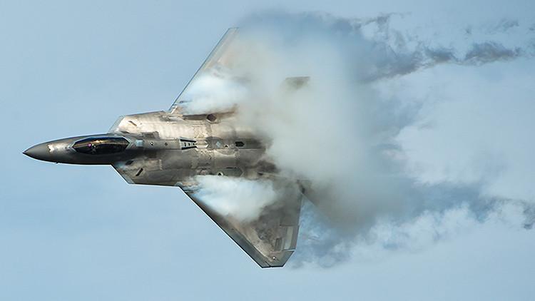 EE.UU. desplegará en Europa a los cazas F-22, por primera vez en historia