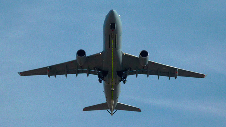 De las Islas Malvinas a Uruguay: ¿Por qué aterrizan aviones militares británicos en Montevideo?