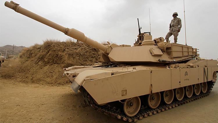 Arabia Saudita envía un contingente blindado a la frontera con Yemen