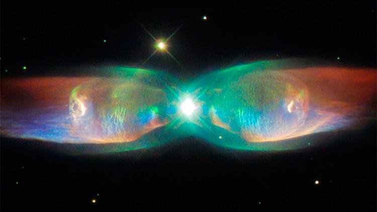 El telescopio Hubble 'caza' una impresionante 'mariposa' galáctica