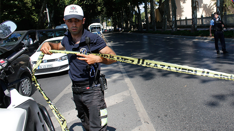 Al menos 3 heridos en un tiroteo en una estación de autobús en Estambul