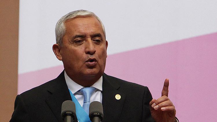 Guatemala: La Contraloría pide la renuncia inmediata del presidente Otto Pérez Molina