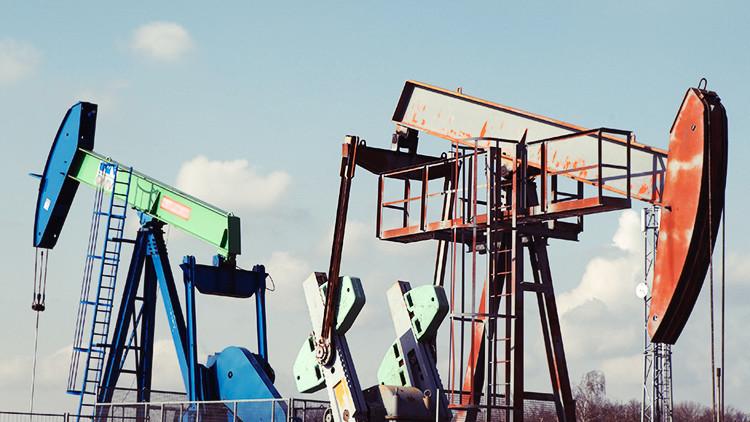 Los precios del petróleo registran su mayor crecimiento diario desde 2008