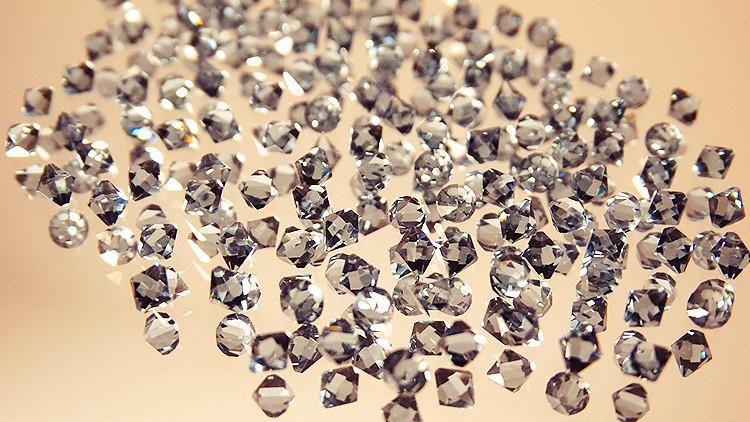 ¿Joyas de lujo al alcance de todos? Ahora es posible fabricar diamantes en microondas