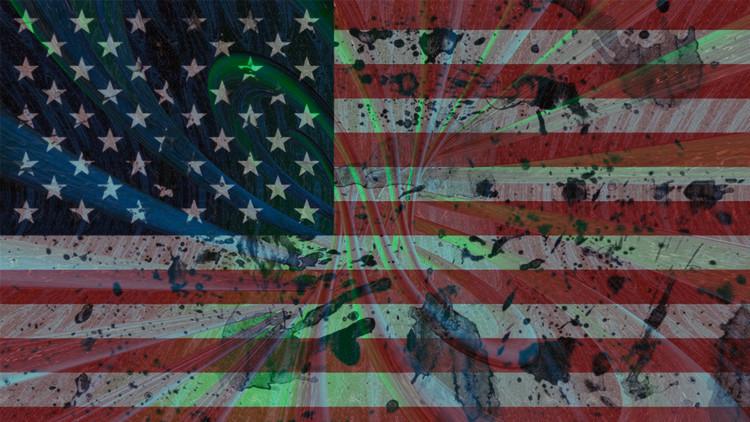 """""""Los estadounidenses viven en 'Matrix' y culpan a todos menos a sí mismos"""""""