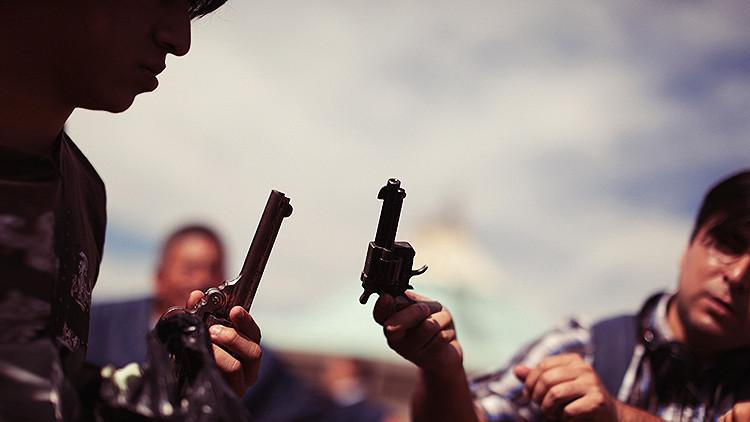 ¿De dónde provienen las armas que se usan en México?