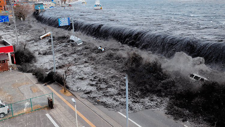 ¿Cómo sería el tsunami que amenaza a 130 millones de personas en el Mediterráneo?