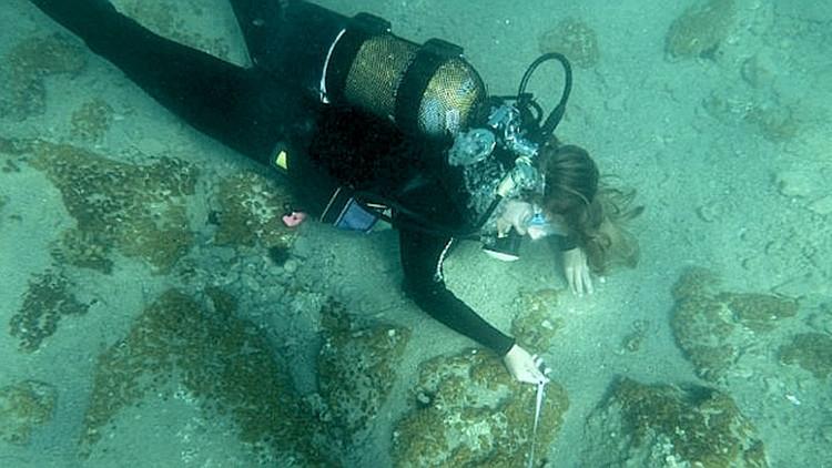 Descubren bajo el Mediterráneo antigua ciudad griega de Edad de Bronce