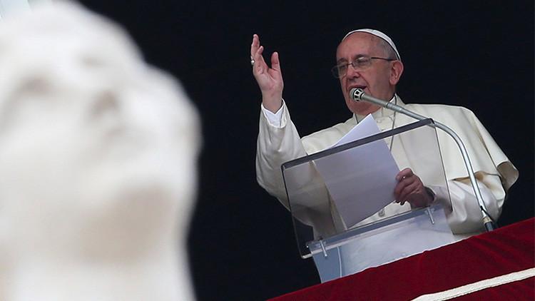 """El papa: """"La muerte de los migrantes en su camino a Europa es un crimen que ofende a la humanidad"""""""