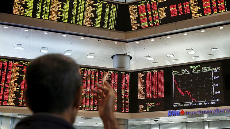 """""""Los comerciantes están confundidos"""": el mercado chino reanuda su caída este lunes"""