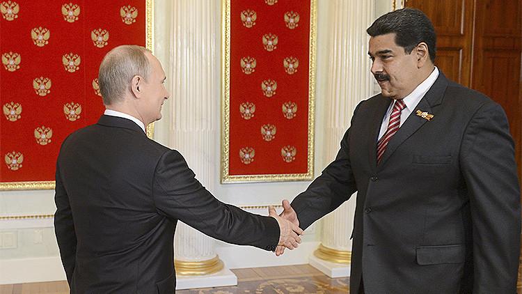 Maduro y Putin buscan una salida a la crisis del petróleo