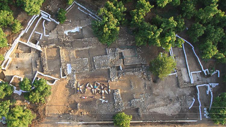 Hallan en Israel la bodega de vino más antigua y quizá más grande del mundo