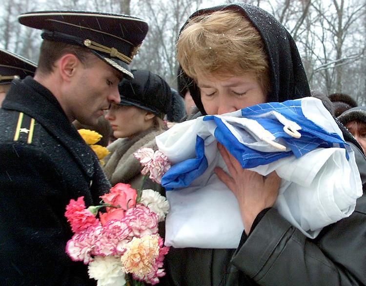 15 años del naufragio del submarino Kursk: Rusia recuerda a las víctimas de la tragedia