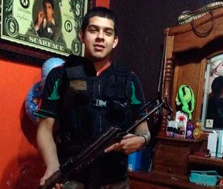 """Asesinos con """"cara de niños"""": Un cártel de la droga de México convierte a adolescentes en sicarios"""
