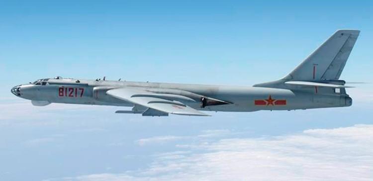 El bombarero Xian H-6