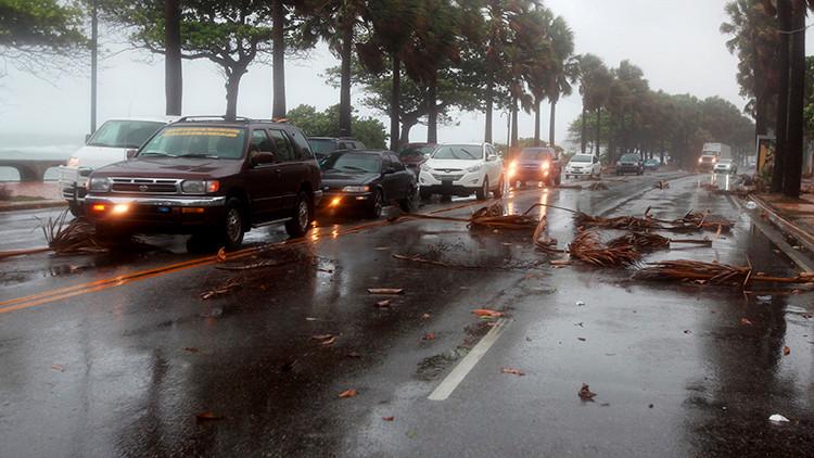 """""""La devastación es enorme"""": La tormenta Erika destroza un Estado caribeño"""