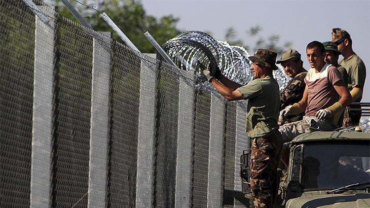 Hungría, construyendo muros