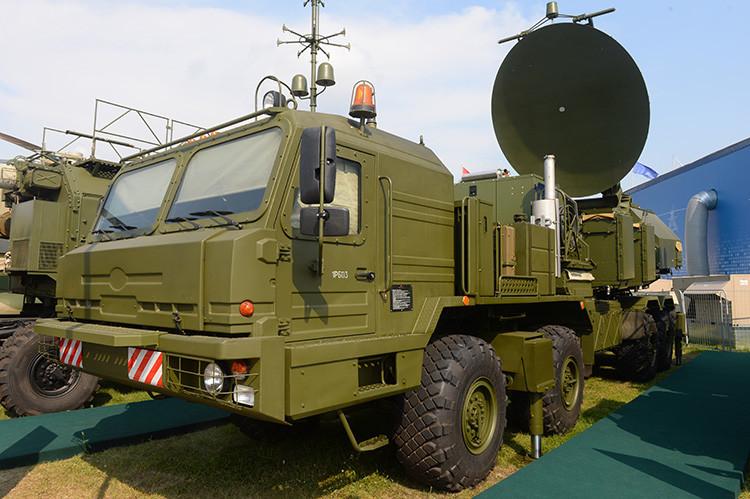Un módulo de guerra electrónica expuesto en el salón aeroespacial internacional MAKS 2015 en las afueras de Moscú