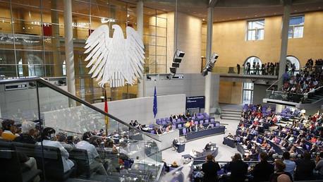 El Parlamento alemán da luz verde al tercer paquete de ayuda a Grecia